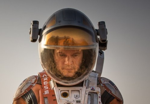 Matt Damon gives a sub-par performance in The Martian.