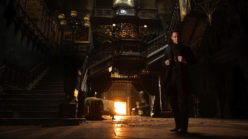 The romance found in Crimson Peak improves the horror in the latter half of the movie.